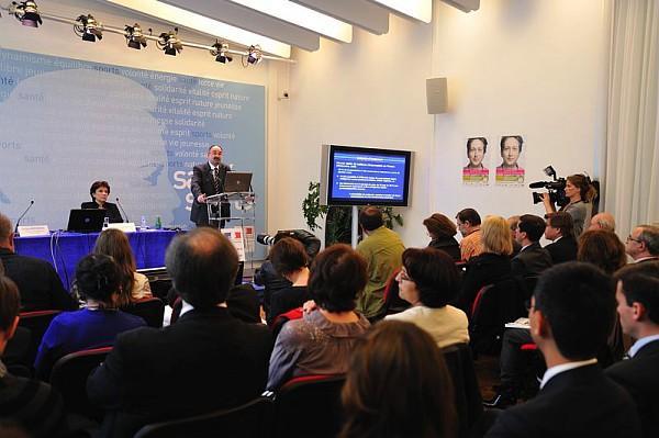 Lancement de l'étude NutriNet-Santé, avec le professeur Serge HE